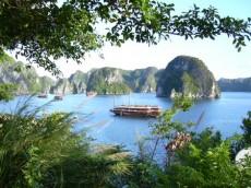 Baie d'Ha Long_vue de l'ile Titop