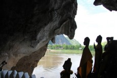 Grottes Pak Ou