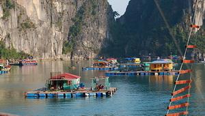 HaLong_village flottant_s